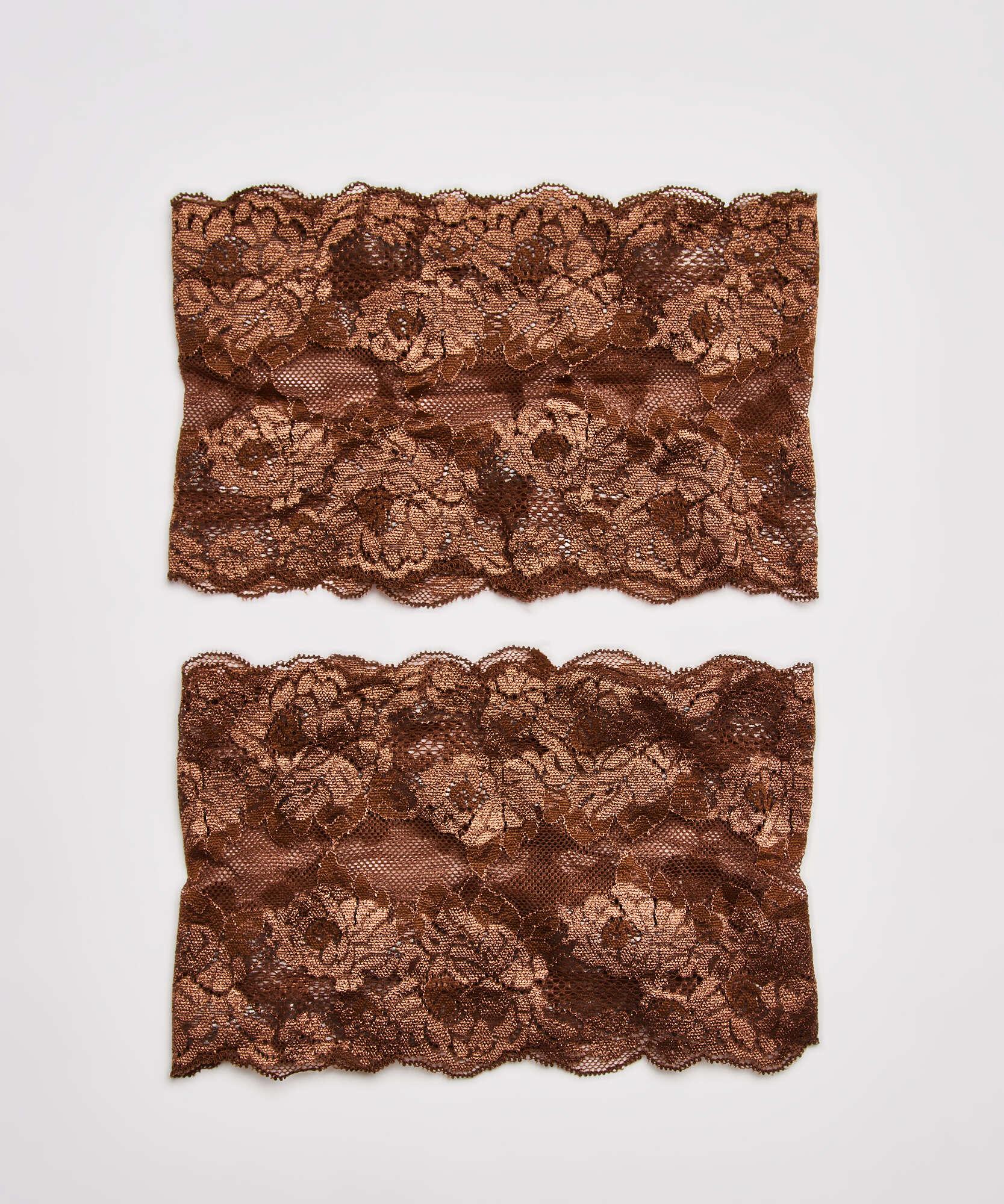 Bandes de cuisses anti-frottements en dentelle, Brun, main