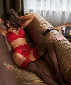 Stocking 15 Denier Fancy Lace Top Red, Rood