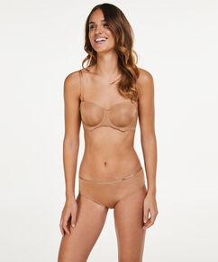 Slip brésilien Angie Nude, Bronzage