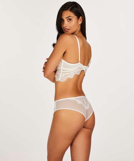 Brazilian Marilee, Wit