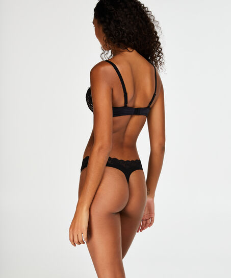 String Jane, Zwart