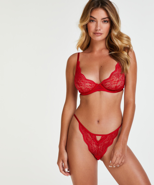 Brazilian Isabelle, Rood, main